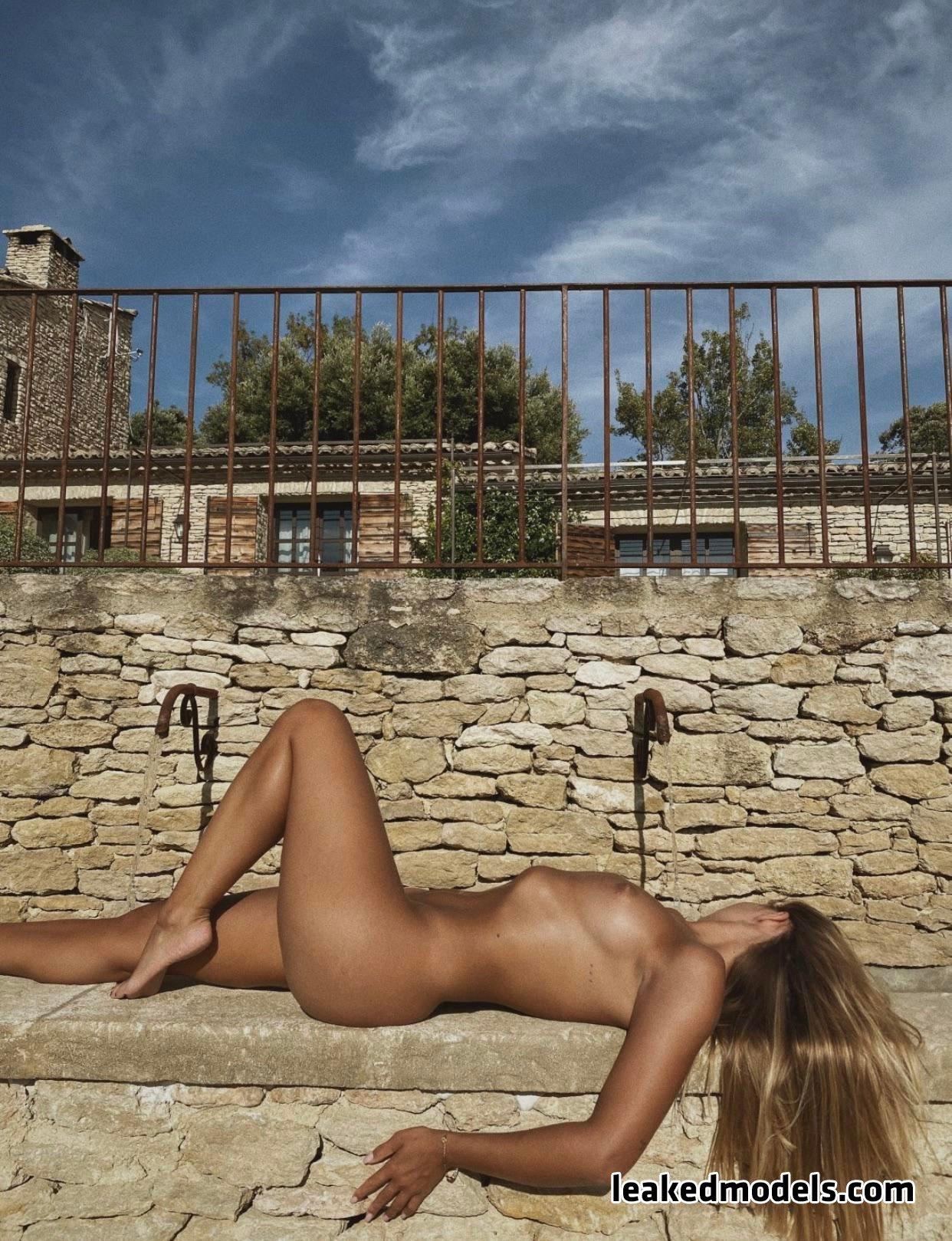 Olivia – Belmooonte Instagram Nude Leaks (33 Photos)