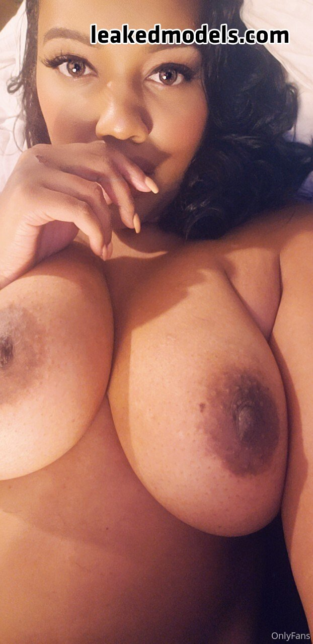 Chanel Foxx OnlyFans Nude Leaks (35 Photos)