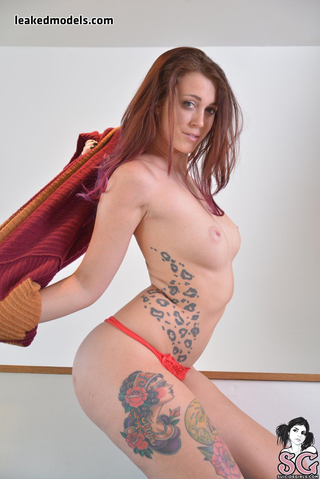 Charlotte Herbert – CharSomething OnlyFans Nude Leaks (27 Photos)