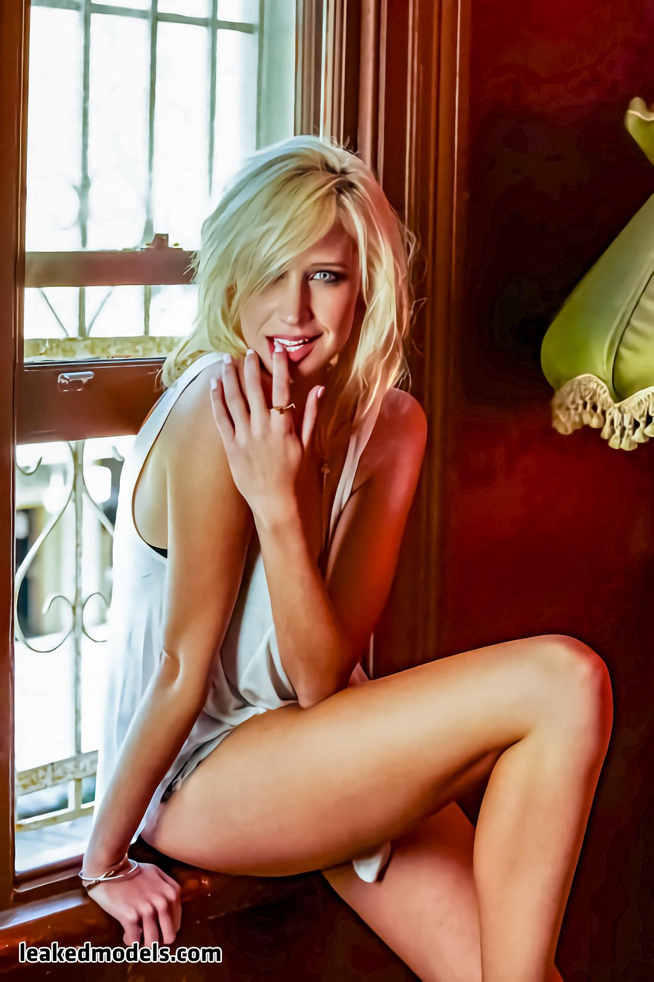 Maude Garrett – maudegarrett Instagram Sexy Leaks (30 Photos)