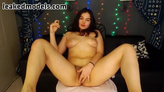 sabrina182 Webcam Leaked Show (8 photos + 1 video)