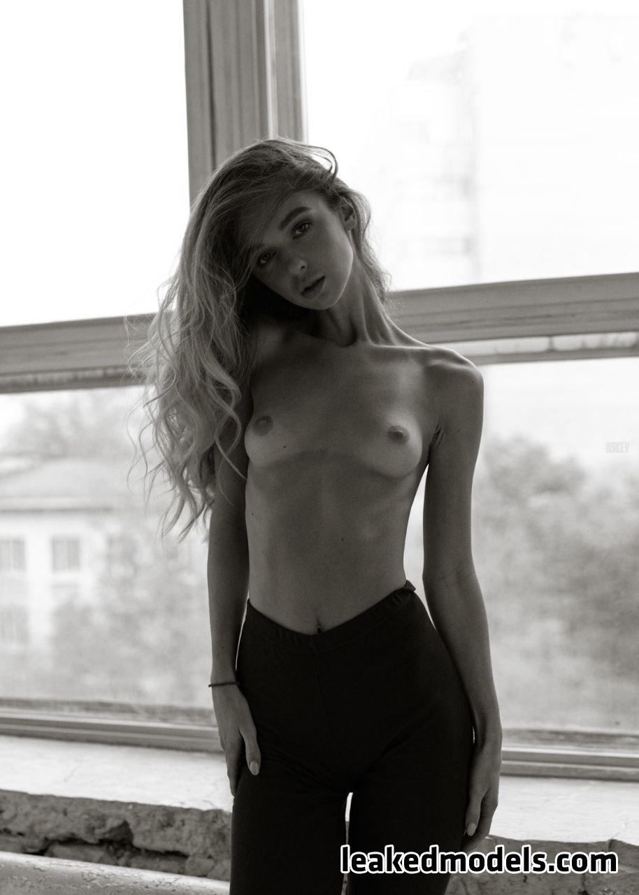 Anna Tsaralunga – tsara_lunga OnlyFans Nude Leaks (30 Photos)