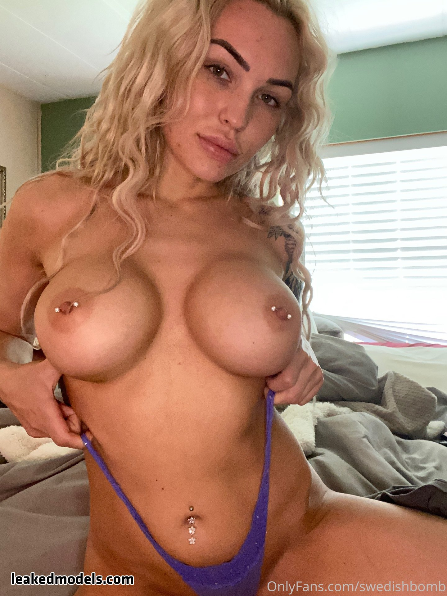 Barista Kailyn – swedishbomb OnlyFans Nude Leaks (30 Photos)