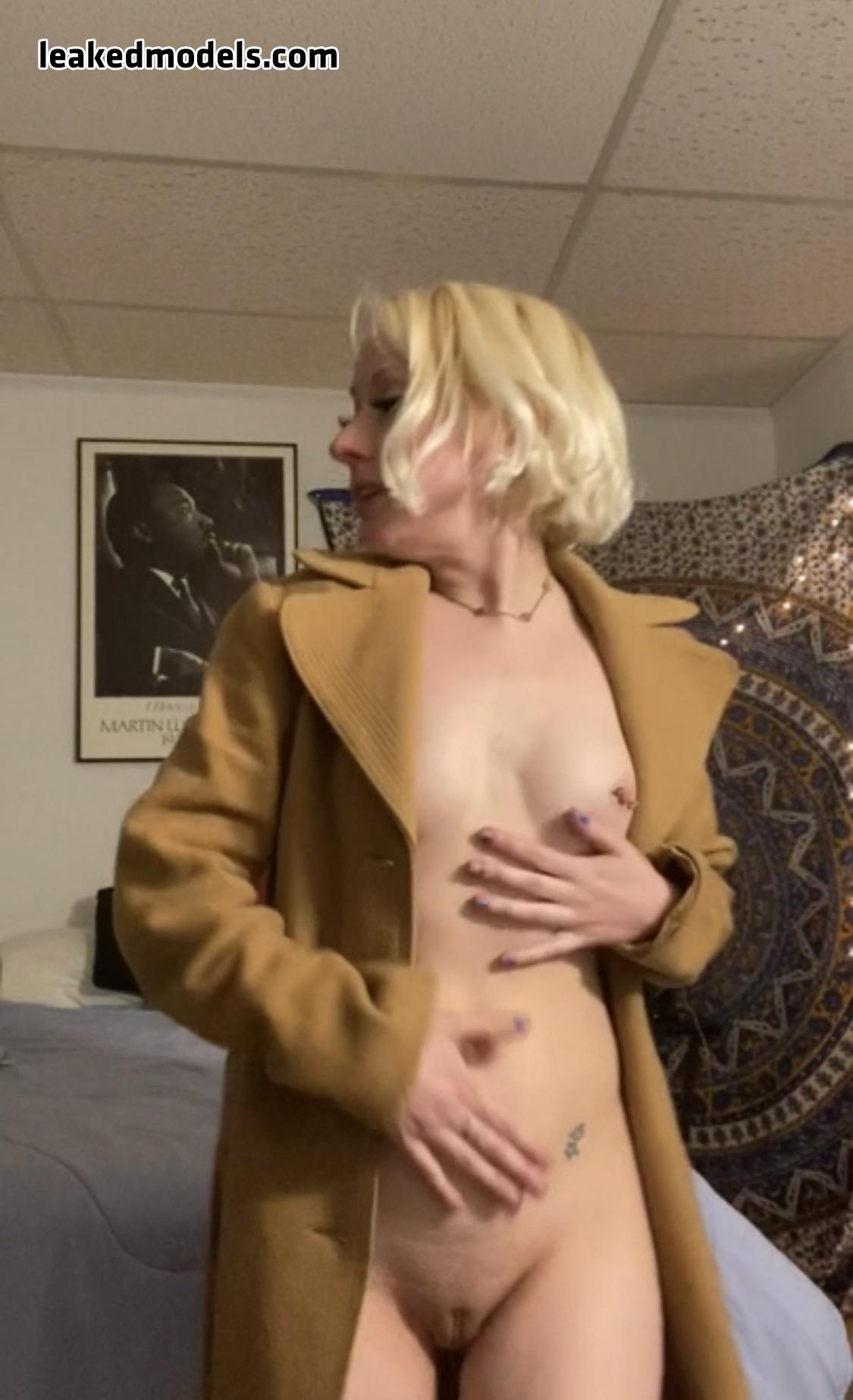 jessa furches   realjessalovesmj leaked nude leakedmodels.com 0005 - Jessa Furches – realjessalovesmj OnlyFans Nude Leaks (30 Photos)