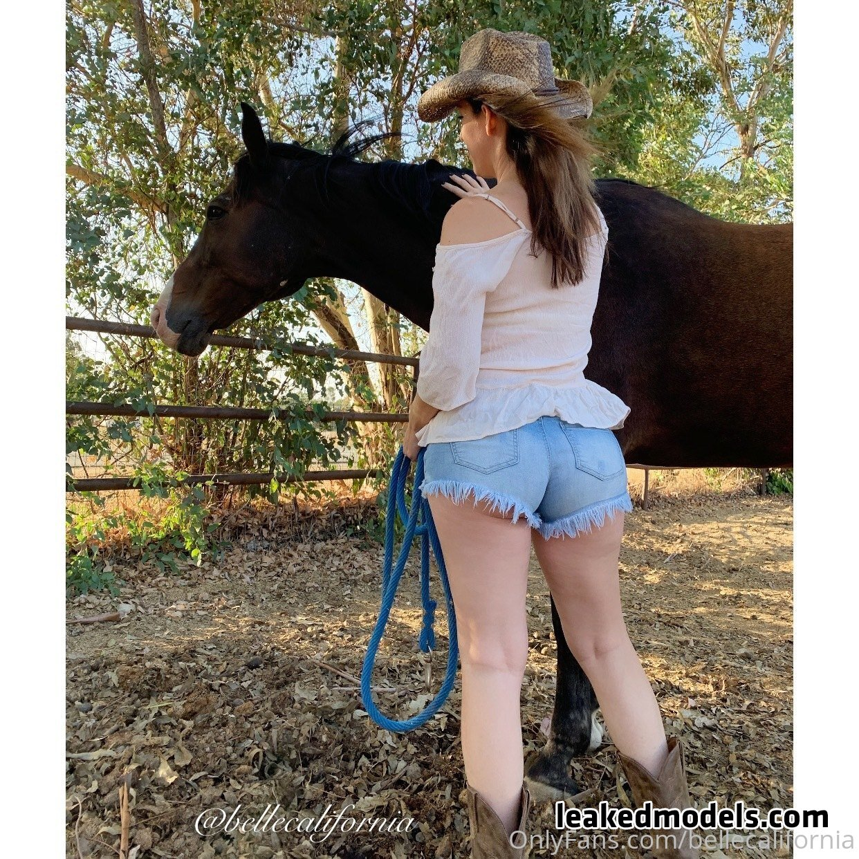 Belle California – bellecalifornia OnlyFans Nude Leaks (25 Photos)