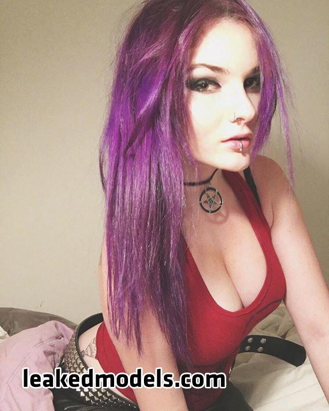 Jackie Illoz – Trashy Vogue Instagram Sexy Leaks (33 Photos)