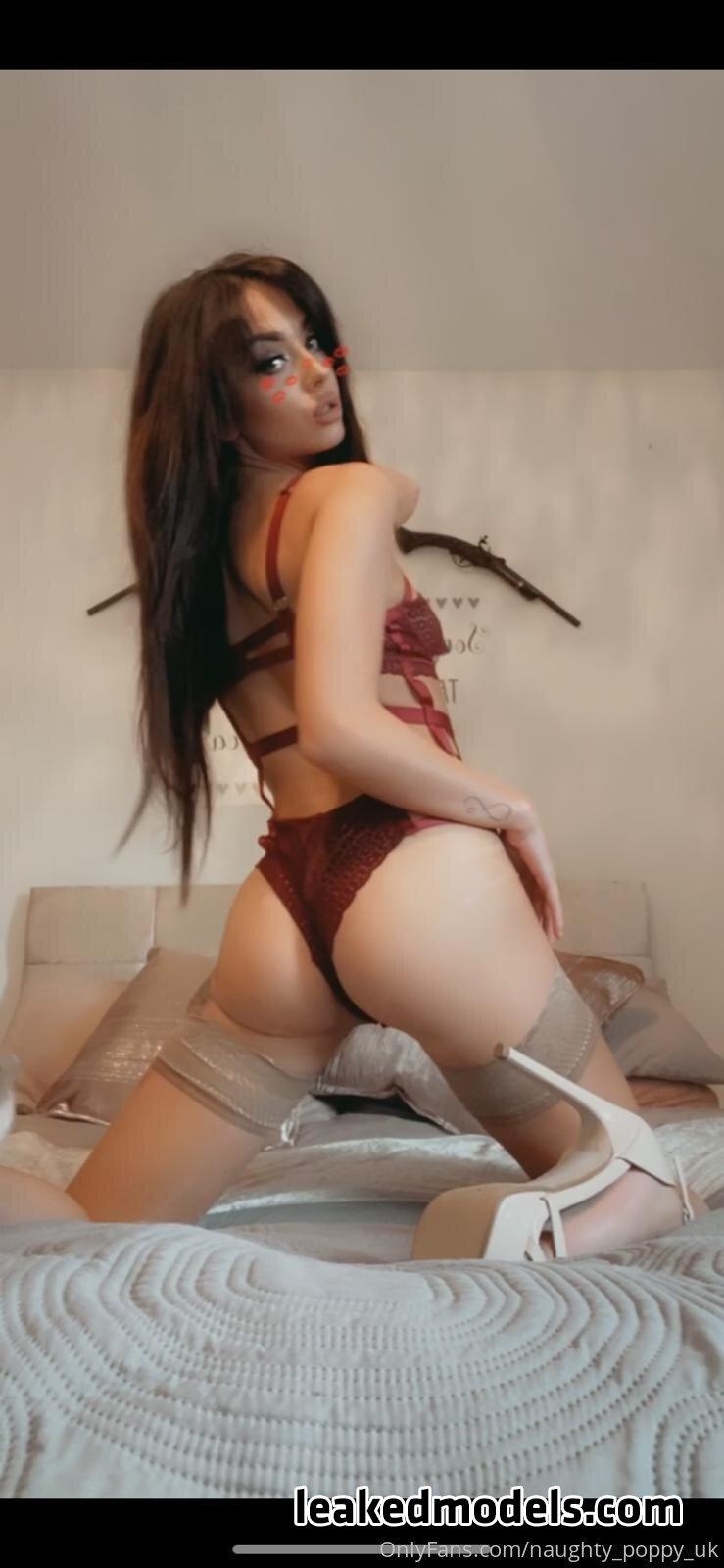 naughty_poppy_uk OnlyFans Nude Leaks (25 Photos)