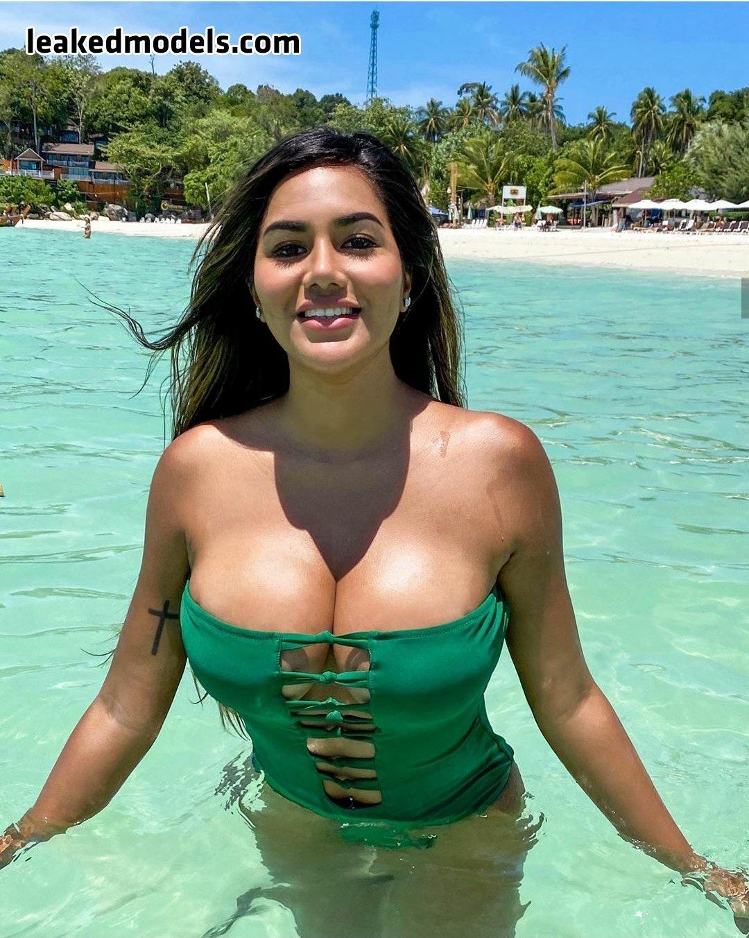 Val Cortez – vpal.aroundtheworld Patreon Nude Leaks (19 Photos)