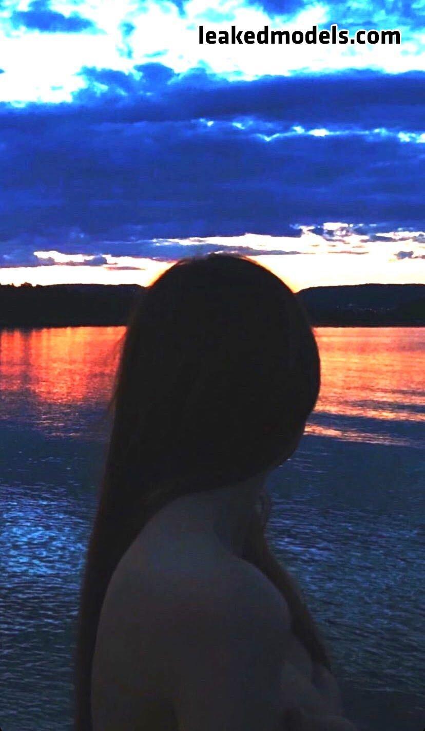 Whitney Whitman – whinnylee Instagram Nude Leaks (13 Photos)